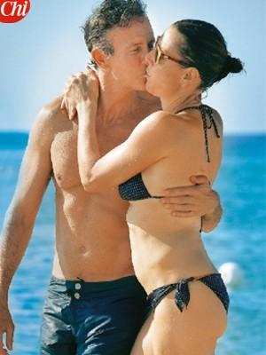 Deborah Compagnoni e Alessandro Benetton, che baci!